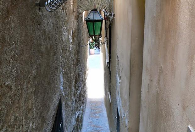 Vicolo Stretto in Taormina - Sicily