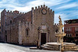 Duomo di San Nicola e Quattro Fontane a Taormina